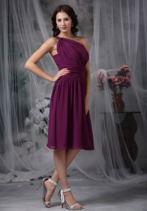One Shoulder Ruched Bridesmaid Dress Purple Knee-length