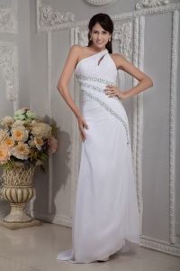 White One Shoulder Brush Train Chiffon Beading Evening Dress