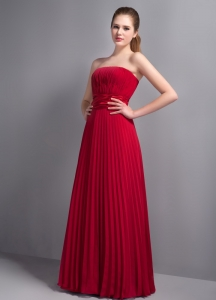Discount Wine Red Pleat Bridesmaid Dresses Strapless