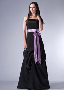 Spaghetti Straps Floor-length Satin Sash Chief Bridesmaid dress