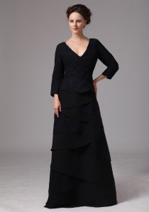 Plus Size V-neck 3/4 Sleeves Mother Of The Bride Dress Black Layers