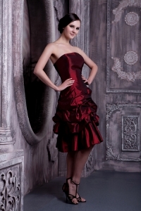 Burgundy A-line Knee-length Taffeta Pick-ups Nightclub/Cocktail Dress