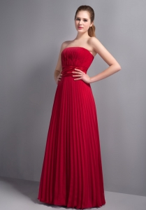 Strapless Red Floor-length Pleated Chiffon Bridesmaid Dresses
