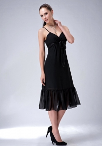 Black Tea-length Bridesmaid Dress with Spaghetti Straps