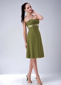 Knee-length Strapless Olive Birdesmaid Dresses Chiffon