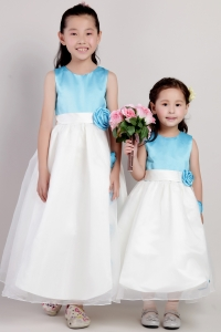 White and Blue Flower Girl Dresses Hand Made Flowers