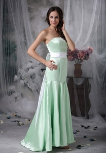 Apple Green Mermaid Bridesmaid Dresses Brush Train Sash