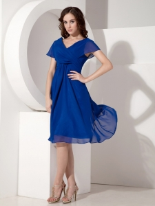 V-neck Knee-length Chiffon Ruched Bridesmaid Dresses