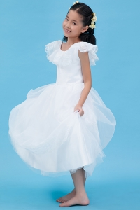 Lace Cap Sleeves Little Flower Girl Dress Scoop Tulle
