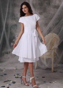 Chiffon White Bateau Bridesmaid dress Knee-length Short Sleeves