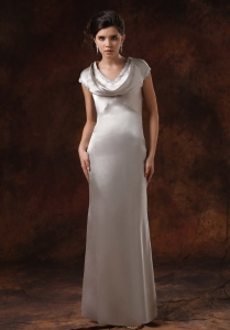 Short Sleeves Silver Mother Of The Bride Dress Satin V-neck