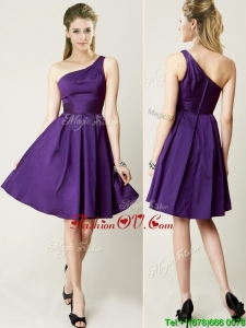 Beautiful One Shoulder Purple Short Bridesmaid Dress for Summer