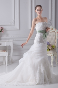 Mermaid Strapless Lace Chapel Train Wedding Dress with Fitted