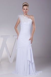 One Shoulder Chiffon Mermaid Feather Brush Train Wedding Dress