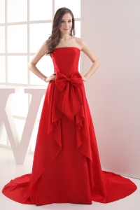 Red A-line Bowknot Brush Train Taffeta Prom Dress