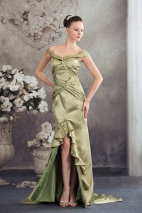 Column Off the Shoulder Green 2013 Ruching Prom Dress