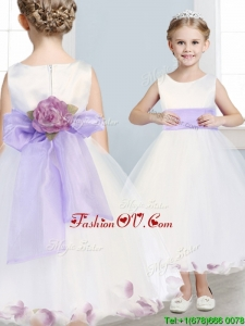 Fashionable Scoop Hand Made Flowers and Appliques Birthday Party Dress in White