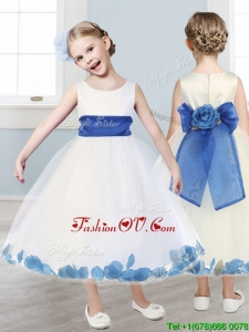 Beautiful Scoop White Flower Girl Dress with Hand Made Flowers and Appliques