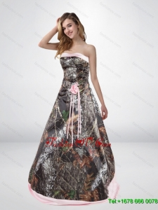 2015 Elegant A Line Camo Wedding Dresses with Hand Made Flower