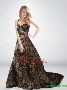 Inexpensive Princess Halter Top Camo Wedding Dresses with Chapel Train