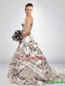 2015 Fashionable A Line Court Train Camo Wedding Dresses in Multi Color