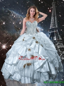New Style Sweetheart Appliques Quinceanera Dresses in White