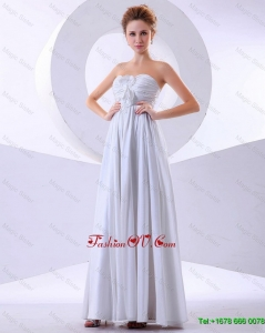 Elegant Hand Made Flowers Empire Prom Dresses in White