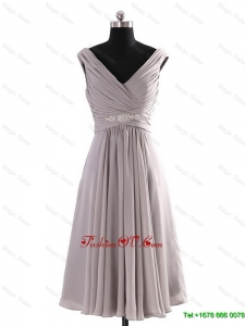 Most Popular V Neck Short Beading Grey Prom Dresses for Graduation