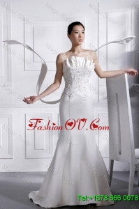 Romantic Court Train Appliques and Beading Wedding Dresses in Mermaid