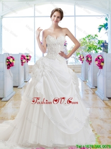Pretty Sweetheart Appliques 2016 Wedding Gown with Chapel Train