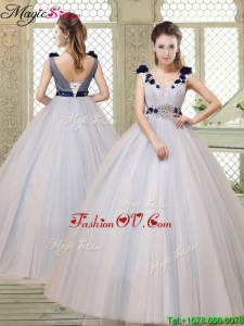 2016 Summer Pretty Champagne Straps Quinceanera Gowns with Belt and Appliques