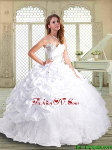 2016 Gorgeous Brush Train Classic Quinceanera Dresses with Beading and Pick Ups