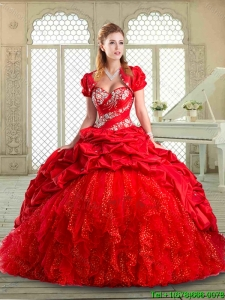 2016 Latest Brush Train Pretty Quinceanera Gowns with Beading and Pick Ups