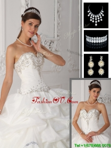 Gorgeous Ball Gown Sweetheart Quinceanera Dresses in White