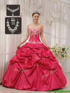 Elegant Sweetheart Quinceanera Gowns with Appliques and Pick Ups