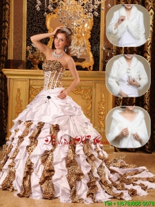 Winter New style White Quinceanera Gowns with Beading and Ruffles