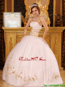 Pretty Strapless Appliques Quinceanera Dresses in White
