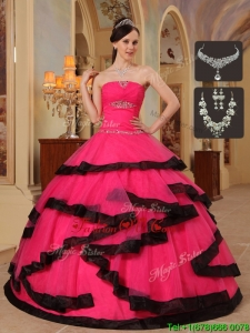 Romantic Appliques Sweet Sixteen Dresses in Red and Black