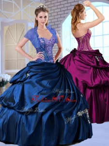 Wonderful Sweetheart Taffeta Royal Blue Modern Quinceanera Dresses with Appliques