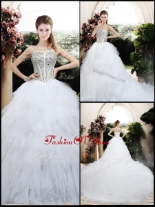 2016 Beautiful Ball Gown Chapel Train Wedding Dresses with Beading and Ruffles