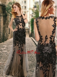 2016 See Through Back Scoop Black Prom Dress with Appliques in Tulle