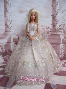 The Most Amazing Wedding Dress With Embroidery Made to Fit the Barbie Doll