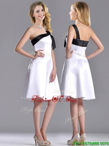 Exquisite One Shoulder Satin Short Bridesmaid Dress in White and Black