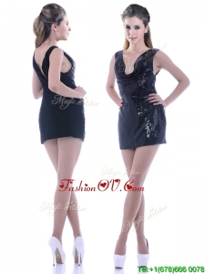 Latest Column Low Cut Neckline Sequined Vintage Prom Dress in Black