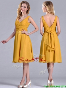 Latest Empire V Neck Ruched Gold Prom Dress in Chiffon