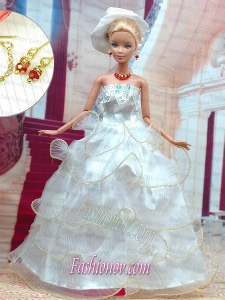 Beautiful White Wedding Dress for Noble Barbie Doll