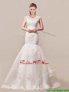 2016 Decent Column Button Up Wedding Dress with Beading and Lace for 2016