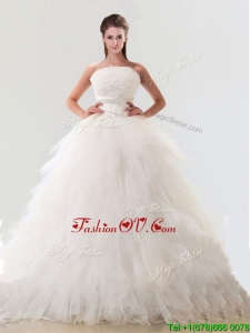 Fashionable Strapless Tulle Bridal Gown with Beading and Ruffles