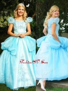 New Style Scoop Short Sleeves Quinceanera Dress with Appliques and Pick Ups