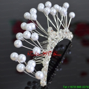 Elegant Tiara With Imitation Pearls